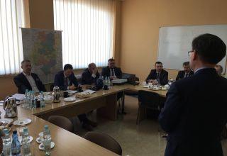 Komisja z wizytą w Zarządzie Dróg Wojewódzkich